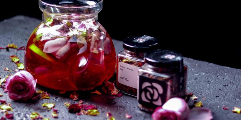 Rózsa Szálas Teakeverék Puncs ízű