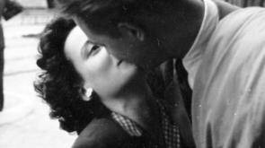 csókolózás